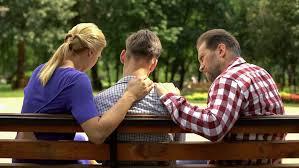نقش خانواده در اعتیاد جوانان